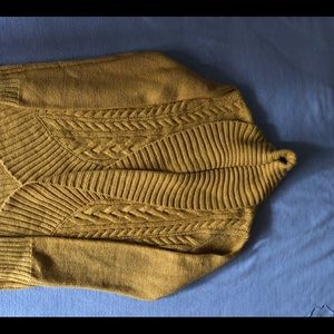 Mossimo gold sweater